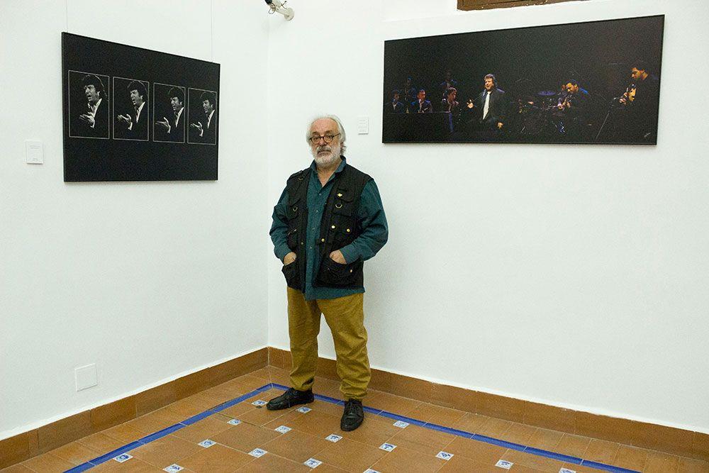 """""""Morente por Paco Manzano. Fotografias 1983-2010"""""""