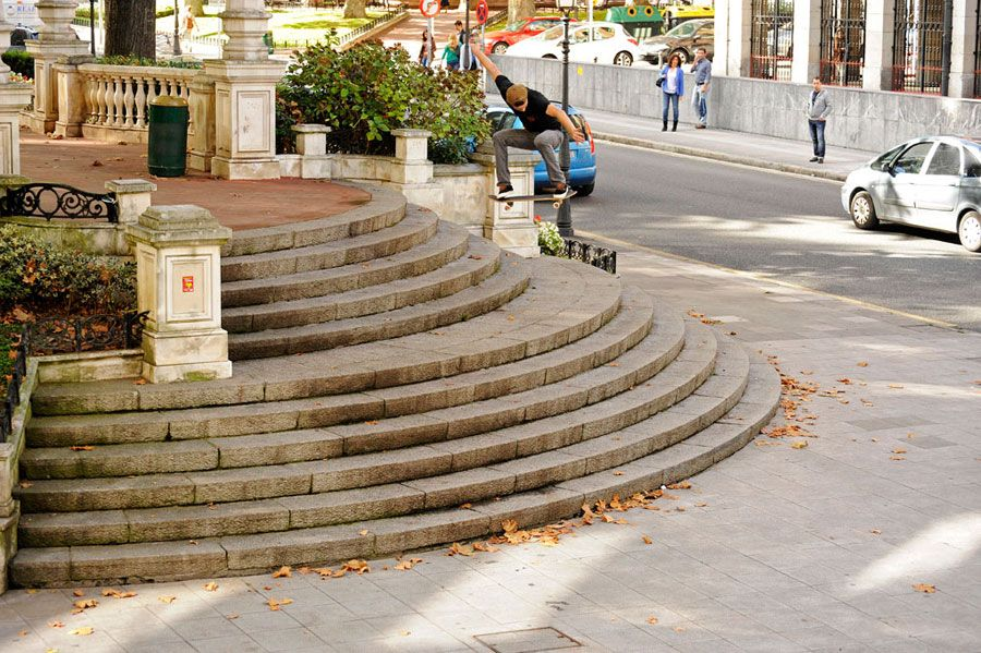 Guillaume. Mocquin switch ollie