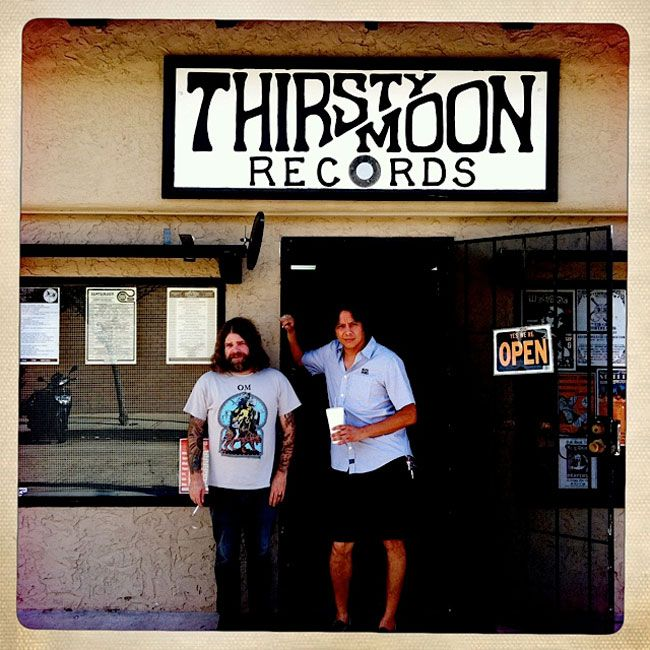 Mike & Mario (Earthless)