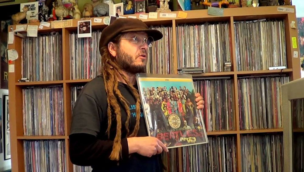 Keith Morris of Black Flag/Circle Jerks/Off!  Records Collecting Dust